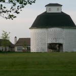 Lynnwood Hog Farm corn crib
