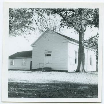 white chapel church photo